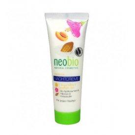 Neobio éjszakai krém vegyes bőrre Bio sárgabarackmag olajjal és hibiszkusszal és Bio kakaóvajjal, 50 ml